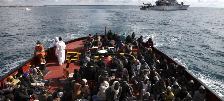 难民署欢迎欧洲就接收最新一批地中海移民达成协议 呼吁各国寻求长期解决方案