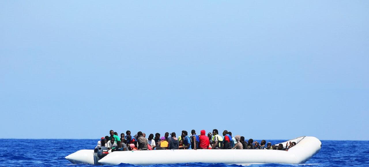 联合国难民署敦促希腊解决爱琴海难民接收中心过度拥挤问题