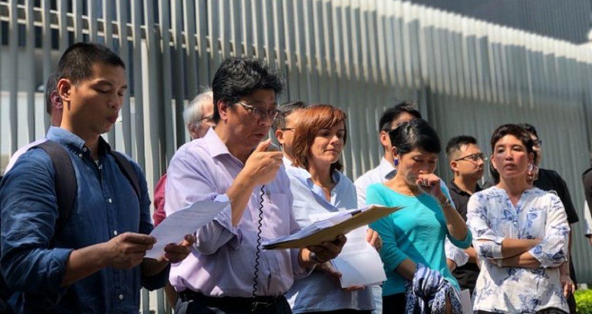 记者签证被拒 欧美分表关注