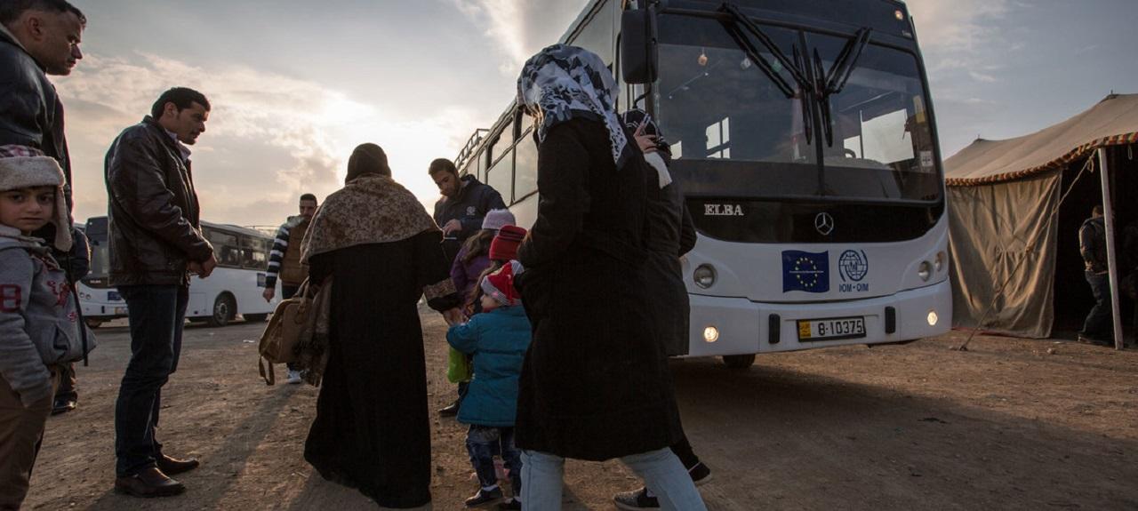 世卫组织报告:移民和难民健康状况存在诸多风险