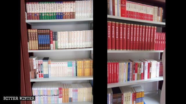 一基督教堂图书室内习近平的书摆在显眼位置