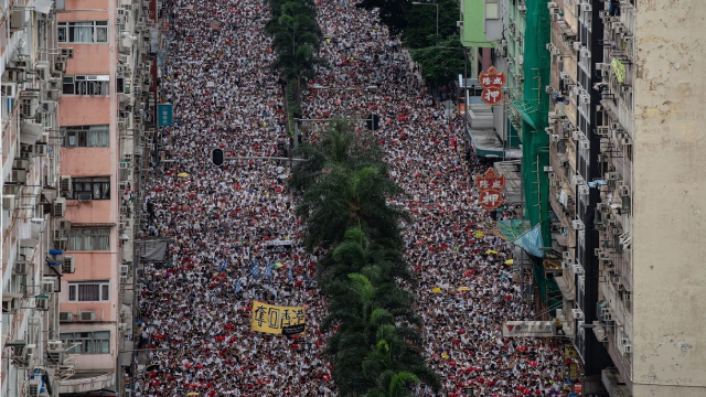 香港:《禁蒙面法》只是试水,《紧急法》更需警惕